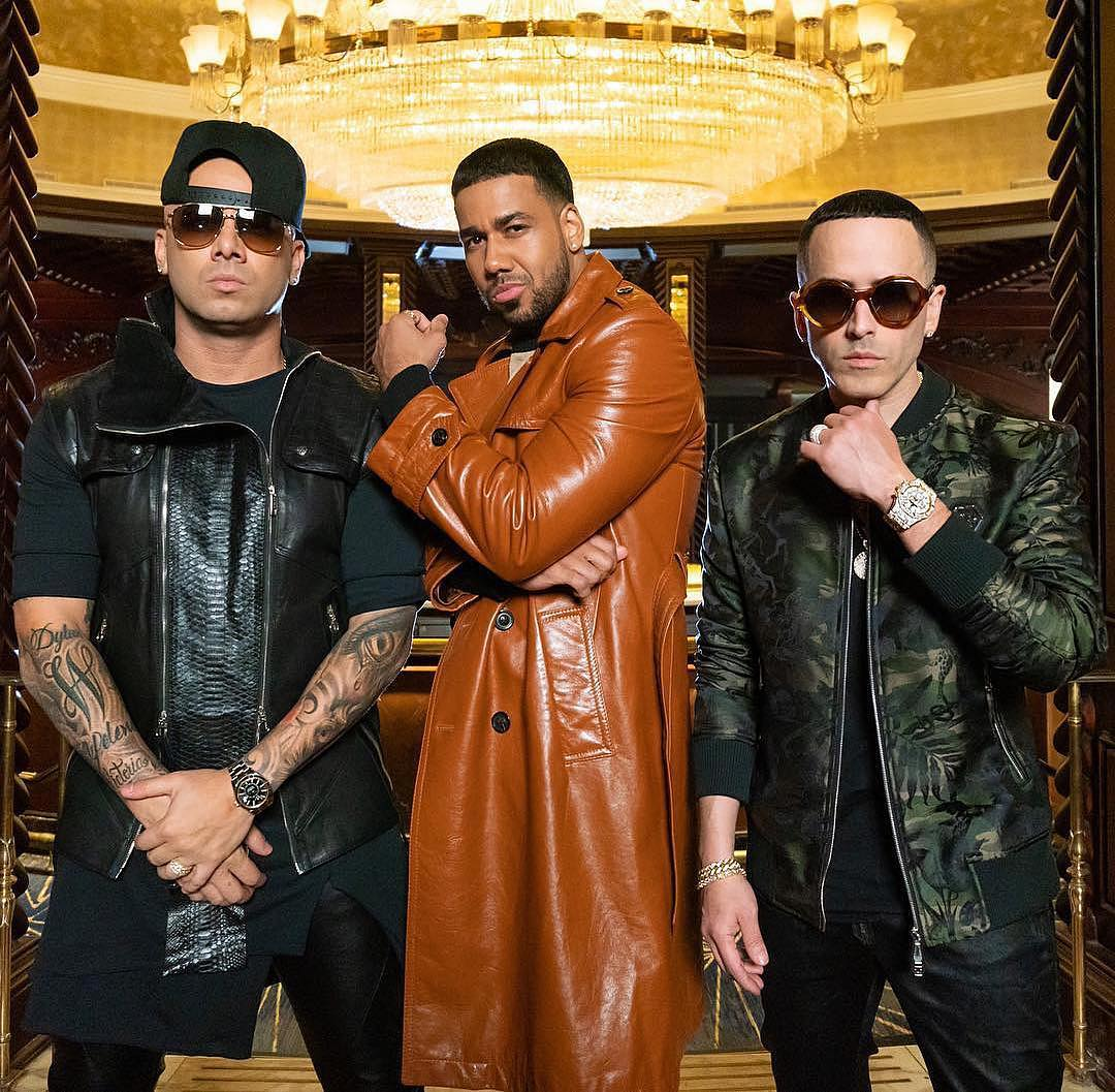"Photo of Wisin y Yandel estrenan video de ""Aullando"" junto a Romeo Santos"