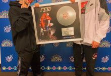 "Photo of Feid recibe disco platino por las ventas de su álbum ""19"" en Centroamérica"