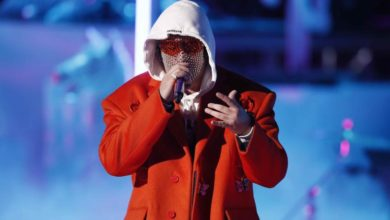 Photo of Bad Bunny graba tema sobre la cuarentena con su novia